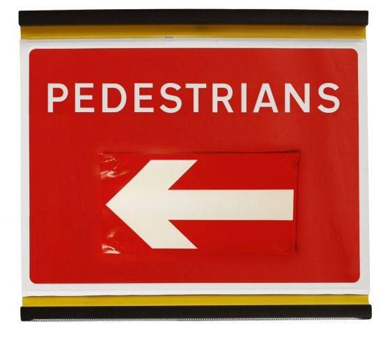 600x450mm Pedestrians with Moveable Arrow - 7018